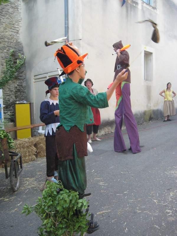 Célébration des 450 ans de Faucon, 84110 Vaucluse