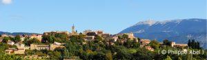 vue panoramique du village de Faucon en Provence et en Vaucluse